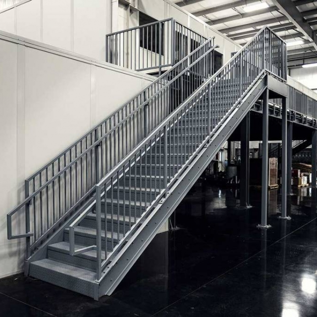 prefabricated-exterior-metal-stairs